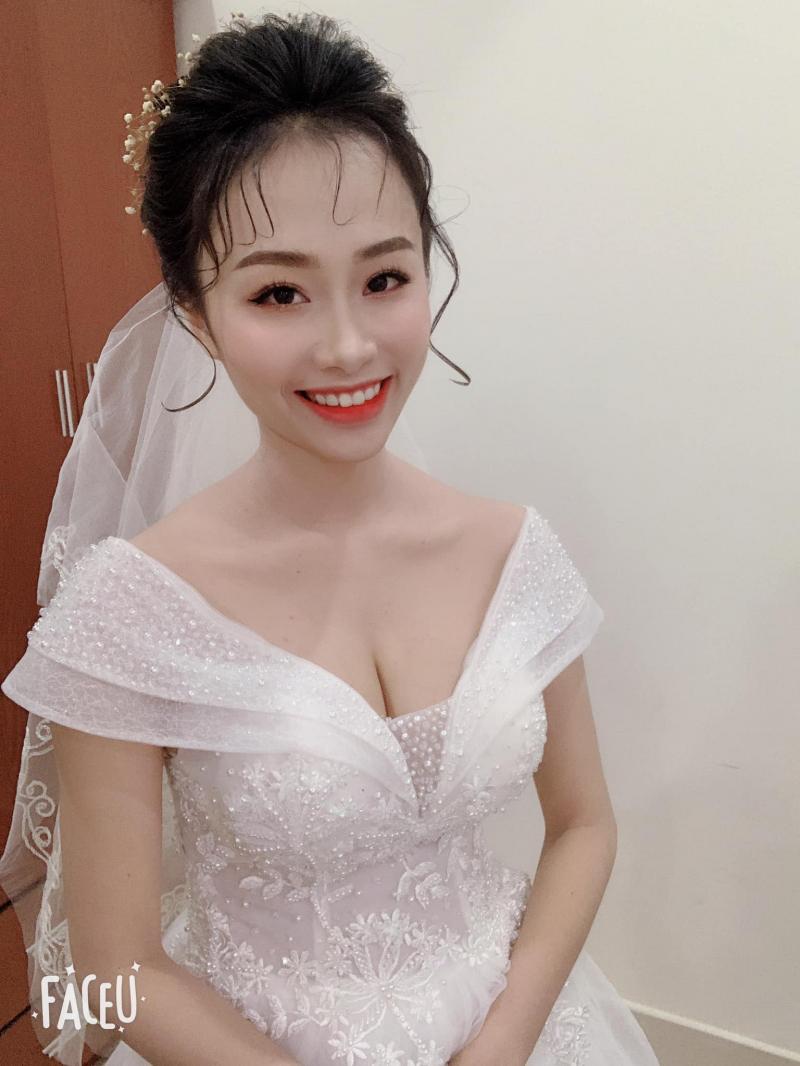 Trang Đài Make Up - Đài Trang Wedding Studio