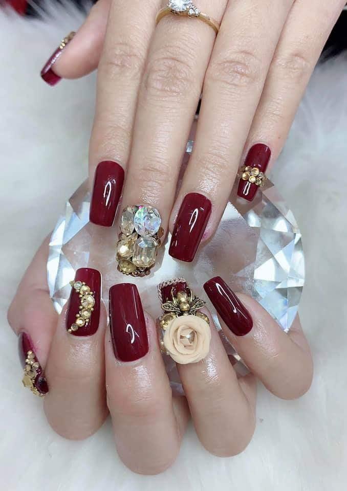Trang Nail