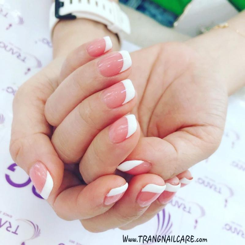 Mẫu nail đơn giản cho bàn tay thêm xinh