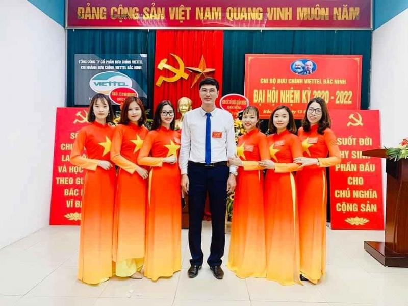 Trang Phục Biểu Diễn Sen Việt Lương Tài
