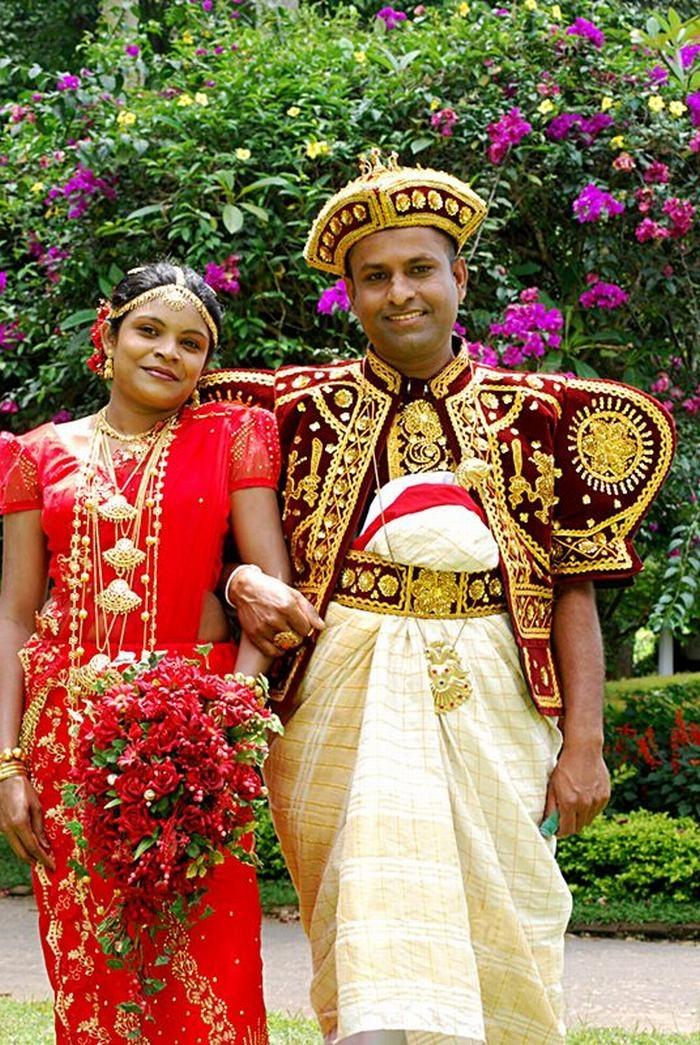 Chú rể chính là tâm điểm của đám cưới tại Srilanka