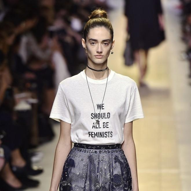 Những chiếc áo mang đậm ý nghĩa và có thể truyền tải thông điệp hơn