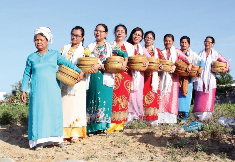 Trang phục truyền thống dân tộc Chăm
