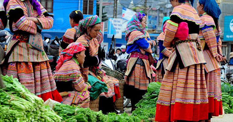 Trang phục truyền thống của người H-Mông
