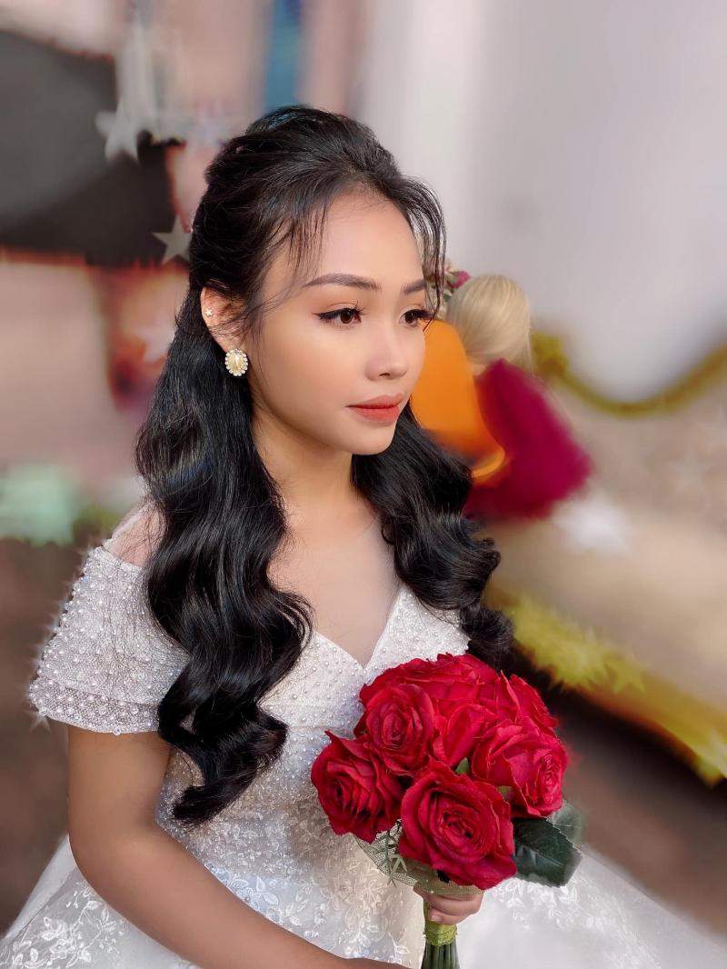 Trang Phùng Make up - Phùng Nhâm Wedding