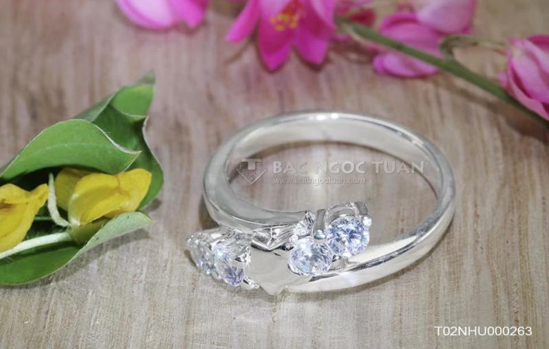 Trang sức bạc Ngọc Tuấn