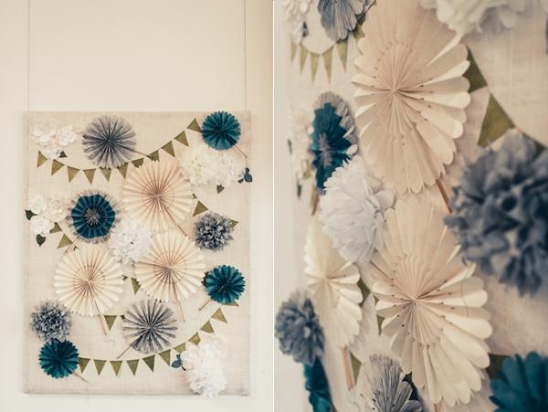 Xu hướng trang trí backdrop bằng những vòng quạt giấy nhiều màu sắc, kích thước là xu hướng trang trí backdrop mới lạ trong mùa cưới 2018