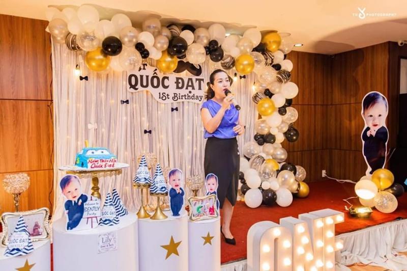 Lily Decor được biết đến với địa chỉ chuyên trang trí tiệc sinh nhật, thôi nôi,… trọn gói