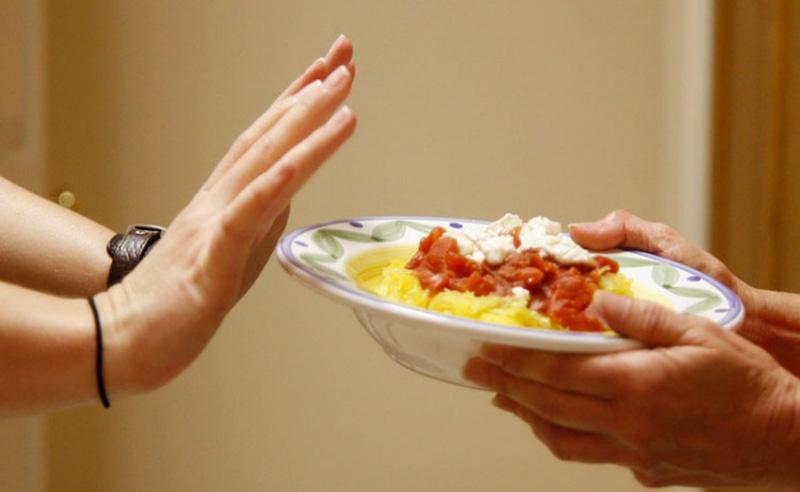 Bỏ bữa ăn chính là một trong những nguyên nhân gây viêm loét dạ dày, tá tràng