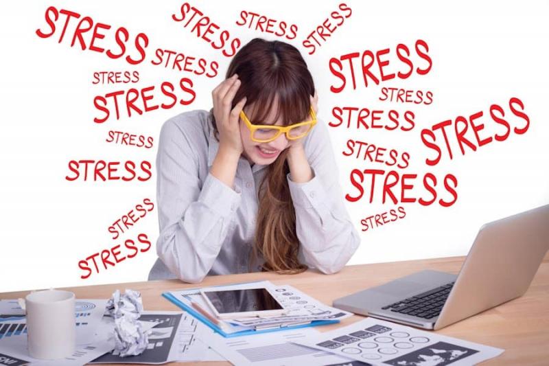 Các nhà khoa học đã chỉ ra căng thẳng tâm lý, stress kéo dài sẽ khiến cho cơ thể mệt mỏi, sức khoẻ giảm sút, hệ miễn dịch suy yếu, giảm sức đề kháng đối với các tác nhân gây ra ung thư.