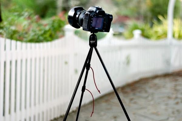 Tránh để máy ảnh bị rung