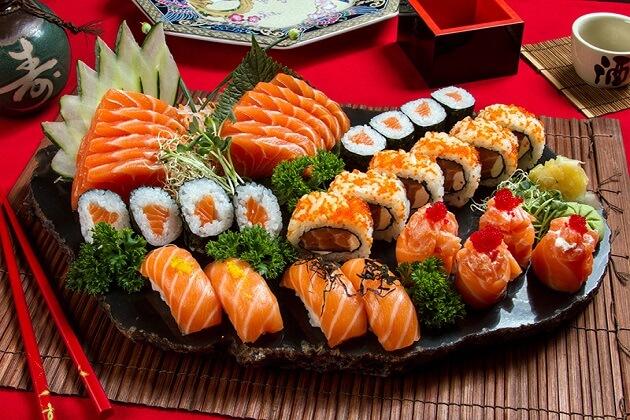 Người bị bệnh gout không nên ăn hải sản