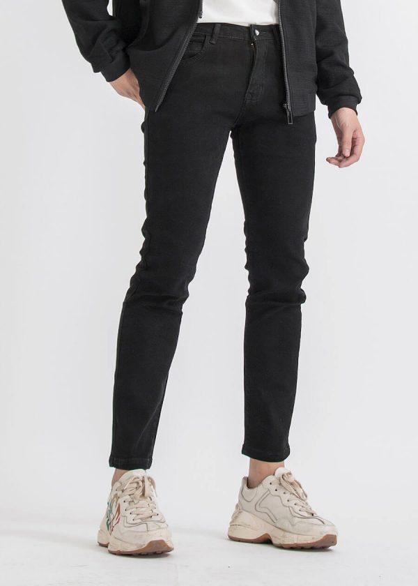 Tránh xa những loại quần skinny jeans và áo kẻ sọc
