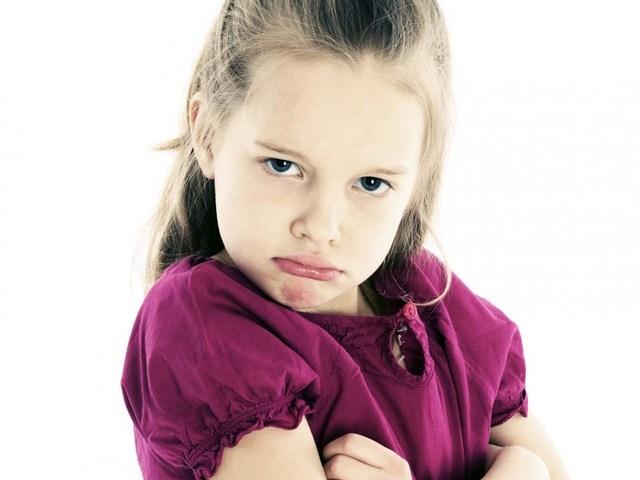 Trẻ nhất quyết nói ''không'' trong mọi tình huống