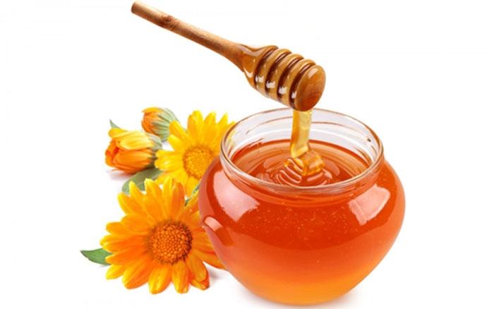 Trị mụn từ mật ong