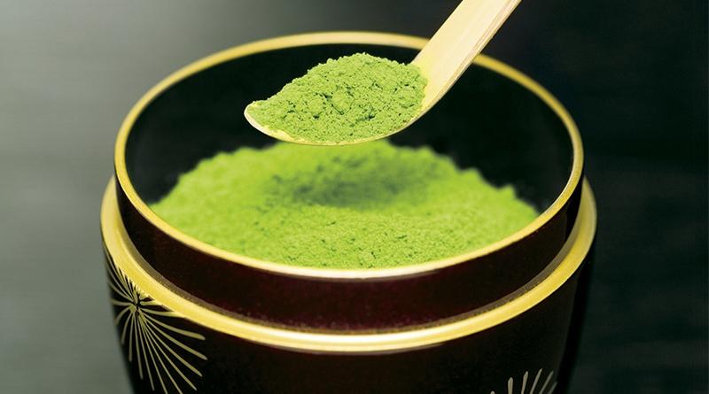 Trị rạn da từ trà xanh
