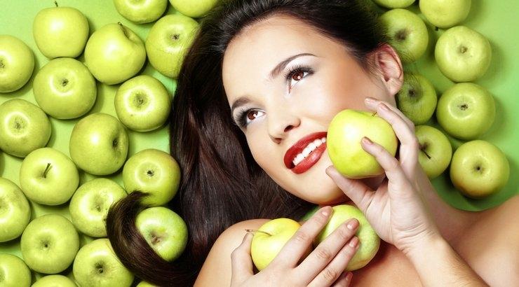 Giấm táo trị tóc gàu, thúc đẩy tóc mọc nhanh