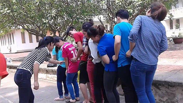 Trò chơi trung thu tập thể: Cam quýt mít dừa