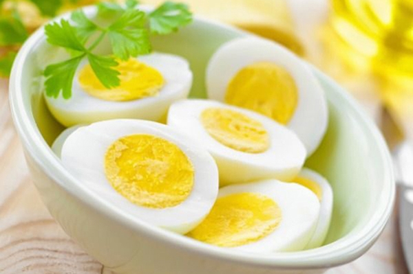 Trứng gà giúp giảm cân hiệu quả