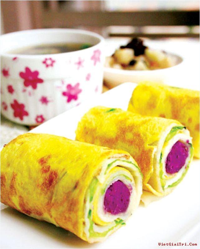 Trứng cuộn khoai lang tím