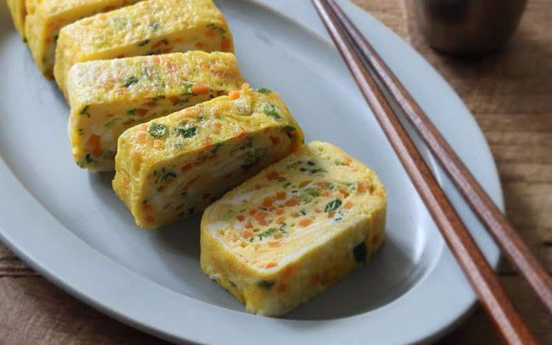 Trứng cuộn rau củ