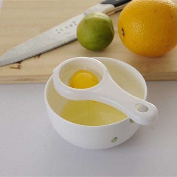 chanh và trứng gà giúp da mềm và căng bóng da