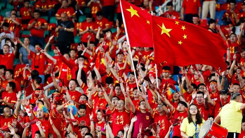 CĐV Trung Quốc  trong trận đấu vòng loại World Cup 2018 với Uzbekistan trên sân Vũ Hán, ngày 31/08/2017.