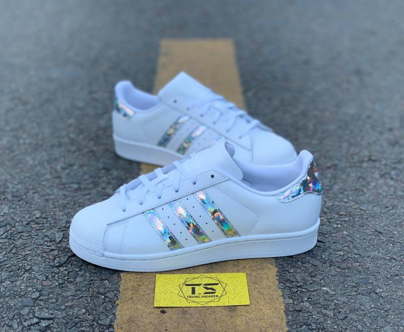 Trung Sneaker