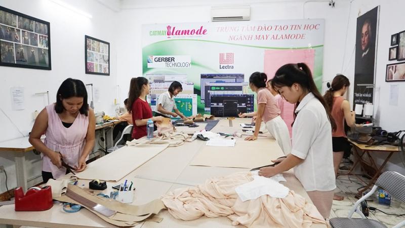 Trung tâm Alamode -  Trung tâm dạy nghề may uy tín nhất Hà Nội