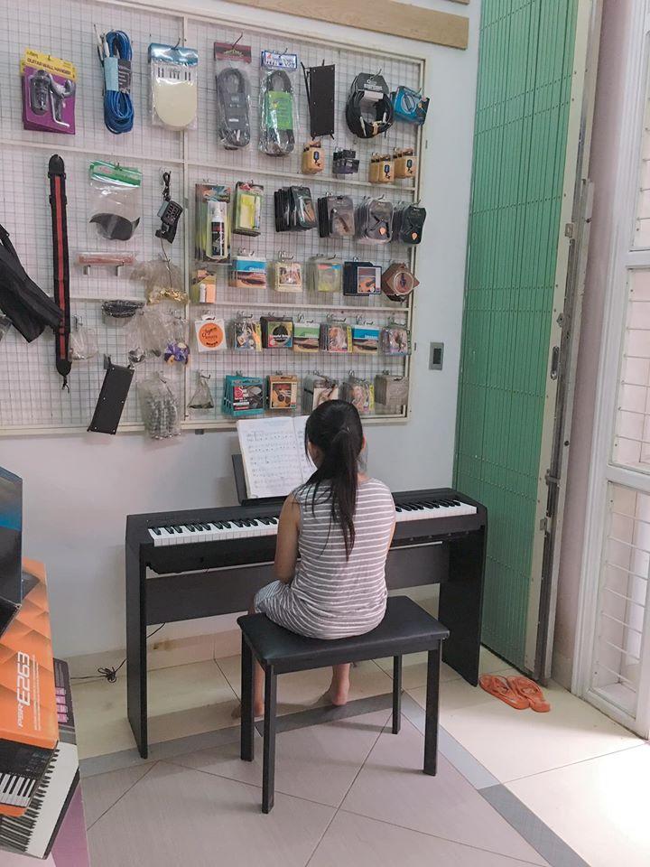 Học viên thực hành tại trung tâm