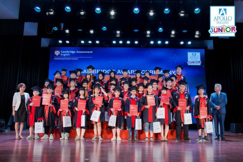 Lễ tốt nghiệp tại Trung tâm Anh ngữ Apollo Việt Nam