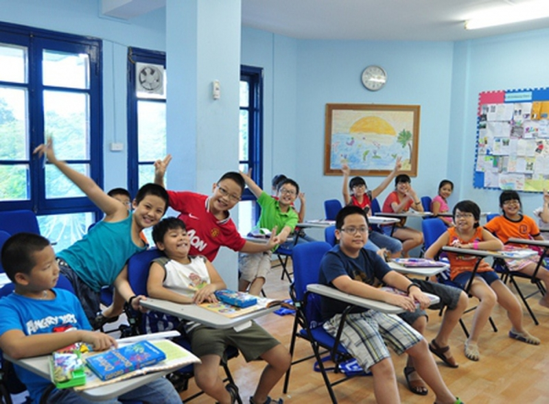 Giờ học vui vẻ của các em nhỏ Trung tâm Anh ngữ Cleverlearn
