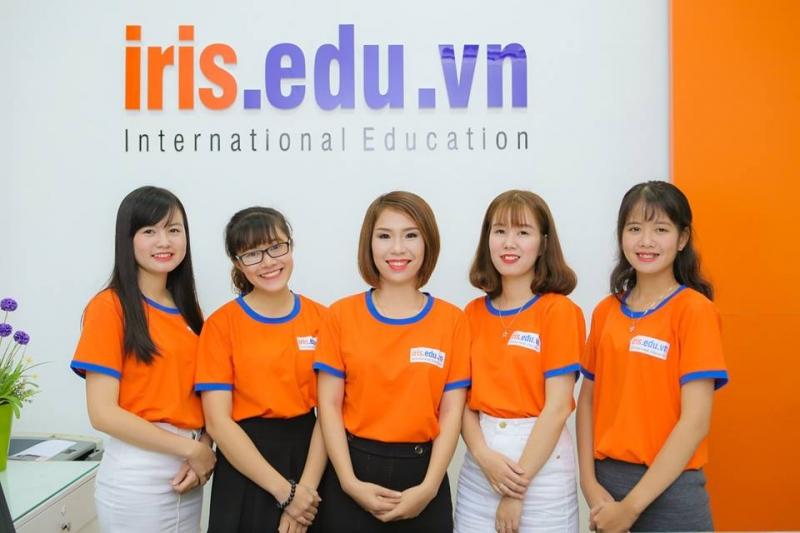 Iris với đội ngũ giáo viên đầy tâm huyết
