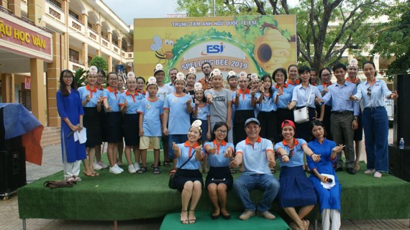 Đội ngũ giáo viên tại Anh Ngữ Quốc Tế ESI bao gồm những giao viên có chuyên môn, chuyên nghiệp