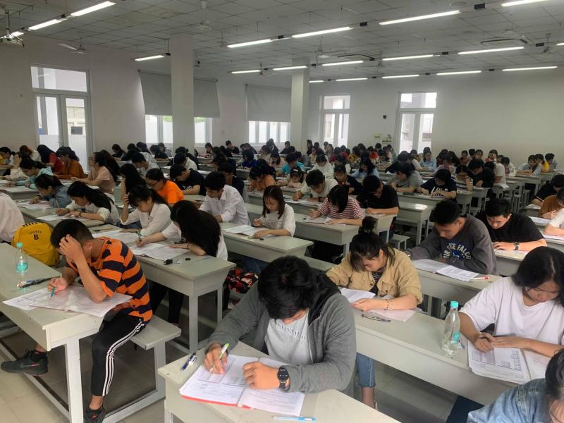 Trung tâm Anh ngữ Việt Mỹ VASS - Đại học Luật TPHCM