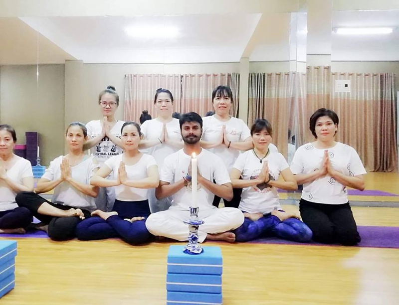Aro Yoga & Dance