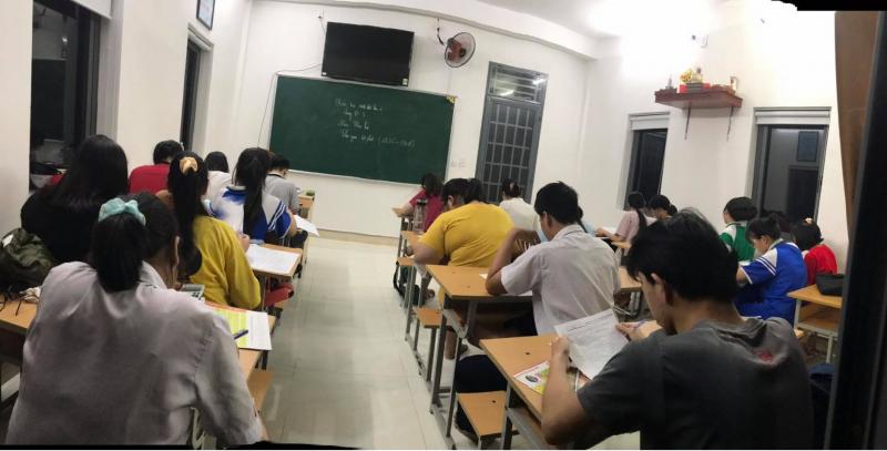 Trung tâm bồi dưỡng kiến thức & Luyện thi Educate - Trí Tâm Đà Nẵng