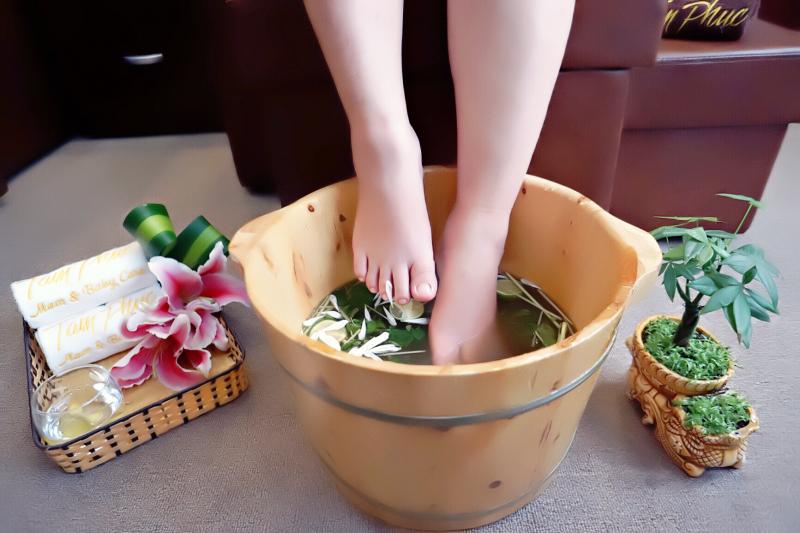 Ngâm chân thảo dược