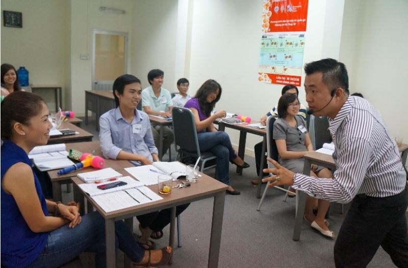 Top 10 trung tâm dạy tiếng Anh cho người lớn tuổi tốt nhất ở TPHCM