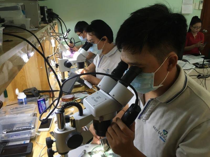 Trung tâm chuyên sửa chữa điện thoại Huy Dũng