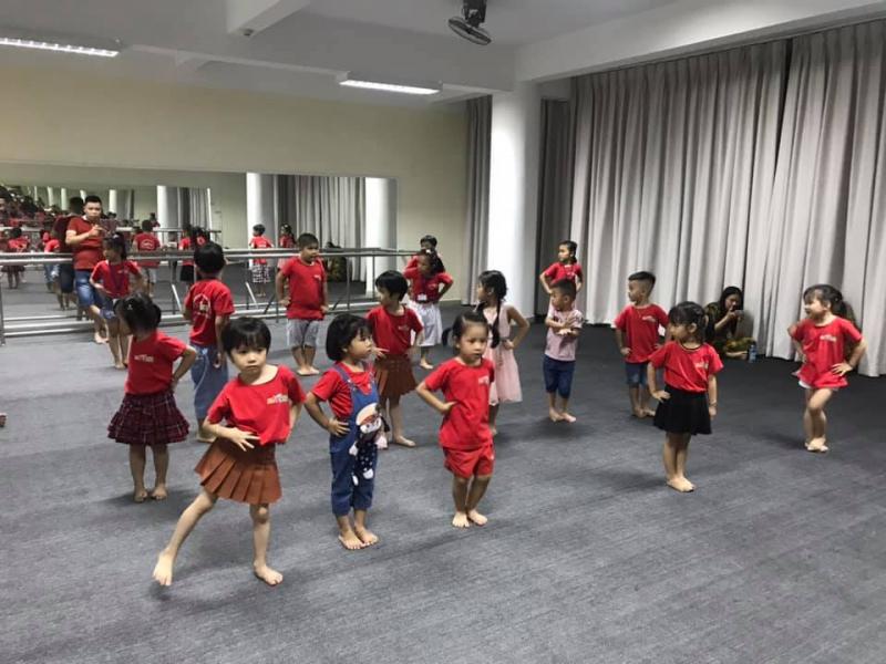 Trung Tâm Đào Tạo & Phát Triển Năng Khiếu Start Kid