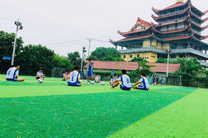Kỹ năng đá bóng của học viên tiến bộ trông thấy khi tham gia lớp học bóng đá. Tăng khả năng vận động nhiều nhất cho học viên