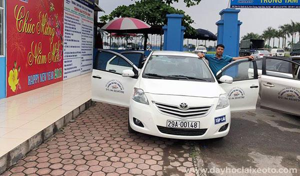 Trung tâm đào tạo lái xe ô tô số 10