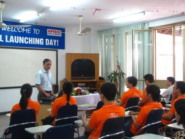 Trung tâm đào tạo lập trình viên quốc tế APTECH FPT