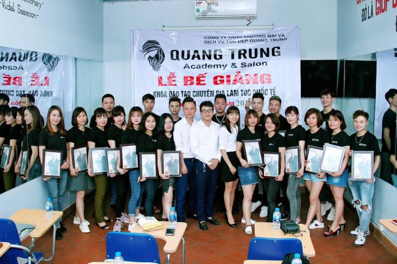 Trung Tâm Đào Tạo Nghề Tóc Quang Trung