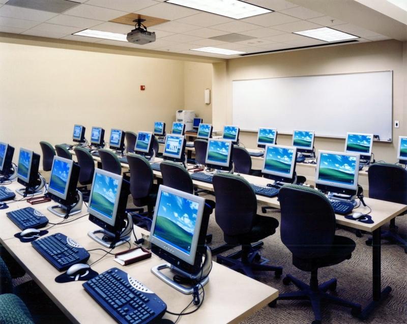 Trung Tâm đào tạo ngoại ngữ tin học Tri Thức Việt (hình ảnh mang tính chất minh họa)