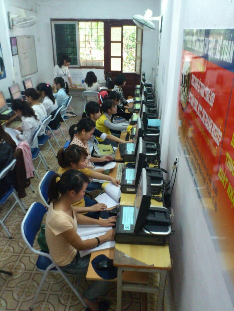 Phòng thực hành Tri Thức Việt