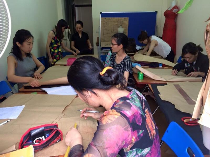 Trung tâm đào tạo TKTT cao cấp Thủy & Mốt -  Trung tâm dạy nghề may uy tín nhất Hà Nội
