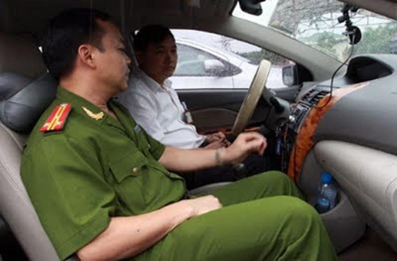 Học viên được học tập và thi trên những chiếc xe cảm biến mới tránh được sự bỡ ngỡ khi sử dụng.