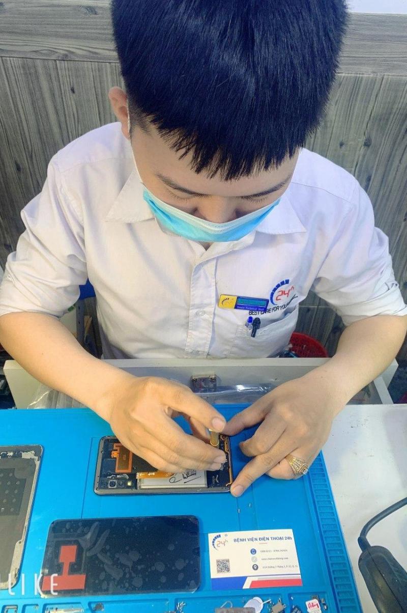 Trung Tâm Dạy Nghề Sửa Chữa Điện Thoại & Laptop 24h